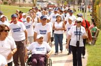 Noticias Salud: Abuelitos participaron en Caminata en Cavancha y Playa Brava