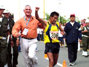Oro para Ecuador en los 20.000 metros marcha en Pista